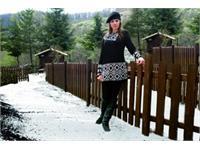 Mara Carol, dinamiche glamour