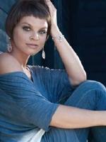 Alessandra Amoroso testimonial della collezione Music di Ginevra Gioielli