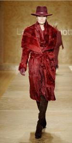 Laura Biagiotti, raffinate soluzioni per la donna elegante