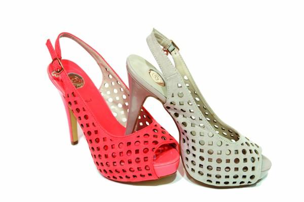 scarpe traforato