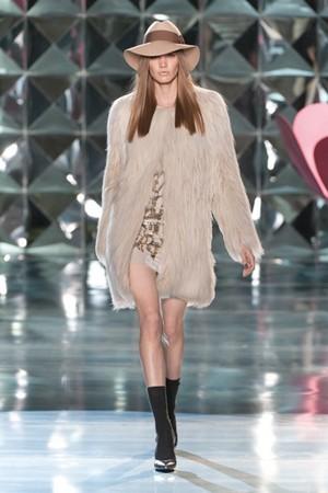 delicata sensualita per autunno inverno di patrizia pepe donna collezione autunno inverno 2012 2013 01