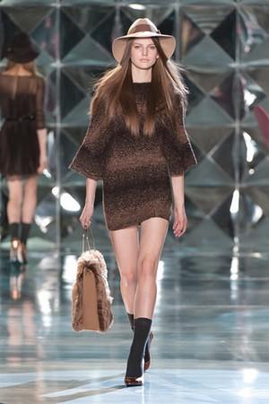 delicata sensualita per autunno inverno di patrizia pepe donna collezione autunno inverno 2012 2013 07
