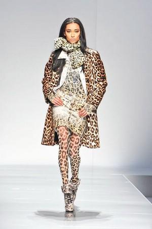 blumarine donna collezione autunno inverno 2012 2013 02