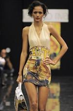 La donna di Lorenzo Riva per la Primavera Estate 2010