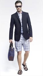 Louis Vuitton propone l'uomo casual chic nella Pre-Collezione Primavera Estate 2010