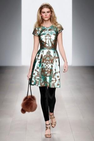 giovane colorata e divertente con issa london donna autunno inverno 2012 2013 08