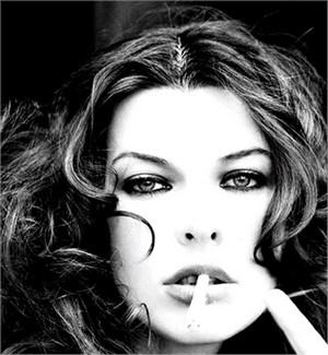 il mondo della moda contro le sigarette collezione primavera estate 2012 06