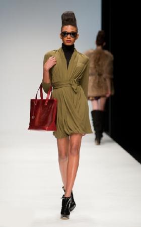 issa london abito stretch autunno inverno 2010