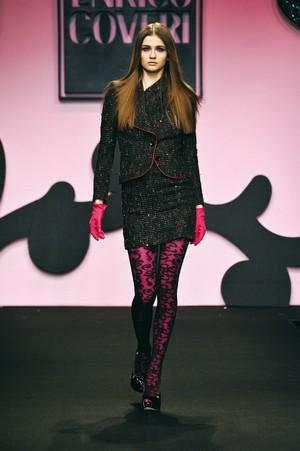 colore ed eleganza per enrico coveri collezione donna autunno inverno 2012 2013 02