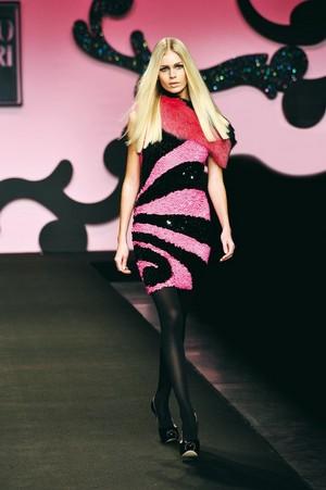 colore ed eleganza per enrico coveri collezione donna autunno inverno 2012 2013 04