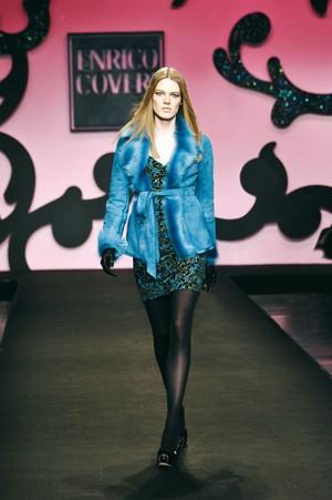 colore ed eleganza per enrico coveri collezione donna autunno inverno 2012 2013 05