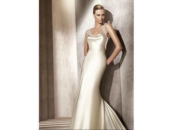 pronovias donna collezione primavera estate 2012 02