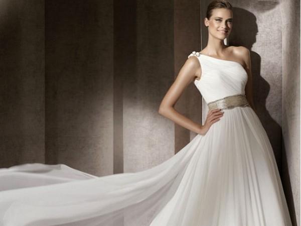 pronovias donna collezione primavera estate 2012 03