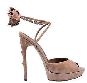 yvessaintlaurent sandalo con fiore ai 2010