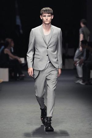 neil barrett uomo collezione primavera estate 2012 05
