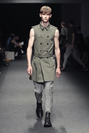 neil barrett uomo collezione primavera estate 2012 09