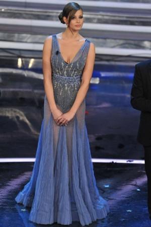 bbebf5167bd2 Ivana veste l eleganza di Alberta Ferretti - Magazine Donna ...