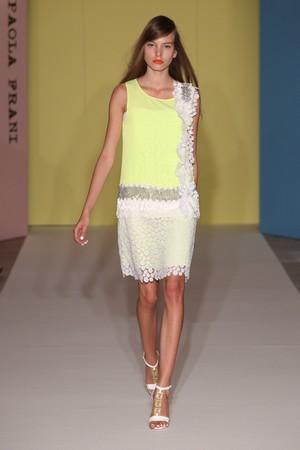 paola frani donna collezione primavera estate 2012 01