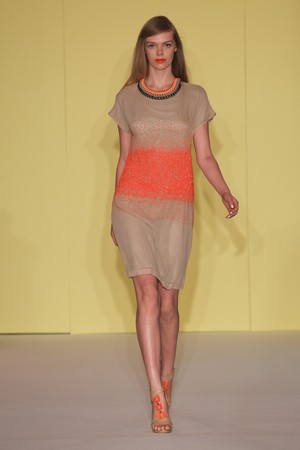 paola frani donna collezione primavera estate 2012 10