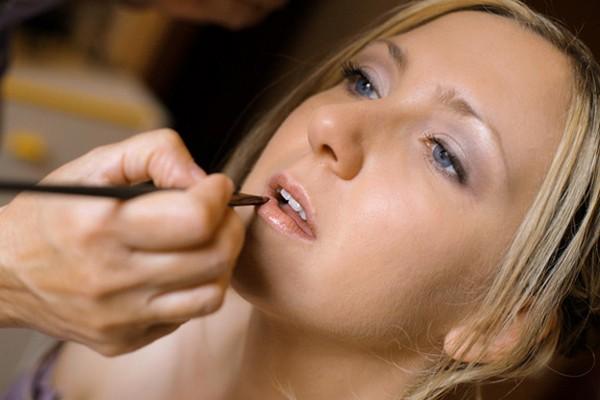 come fare per avere un make up da sposa perfetto lezioni di bellezza primavera estate 2012 03