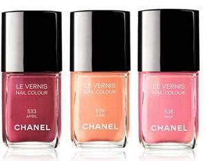 romantiche unghie color pastello collezione primavera estate 2012 01