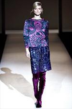 Alberta Ferretti, ricami e colori