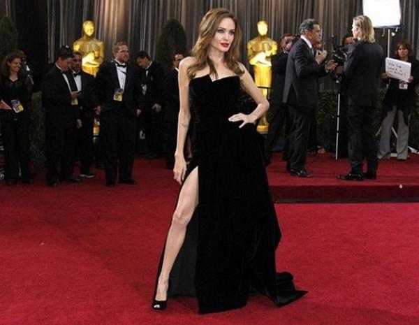 le celebrita scelgono lo spacco quello vertiginoso tendenze collezione primavera estate 2012 04