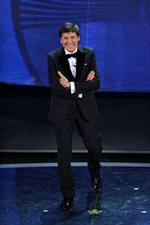 Sanremo 2012 – Gianni Morandi veste Salvatore Ferragamo