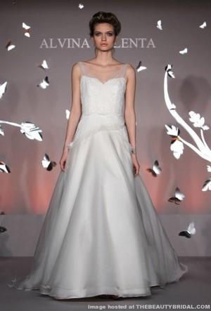 alvina valenta donna sposa collezione primavera estate 2012 03