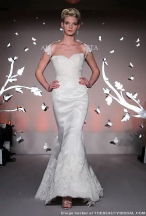 alvina valenta donna sposa collezione primavera estate 2012 05