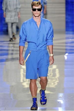 versace uomo collezione primavera estate 2012 05