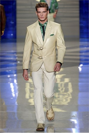 versace uomo collezione primavera estate 2012 23