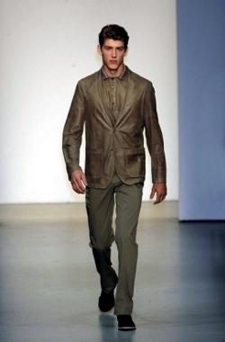 Scopri le Collezioni Calvin Klein