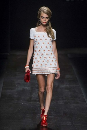 moschino mini dress pe 2013