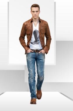 DolceGabbana-Collezione-Primavera-Estate-Jeans-2010